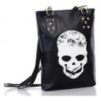 Чанта атрактивна с череп кожа