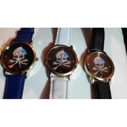 Часовници с черепи